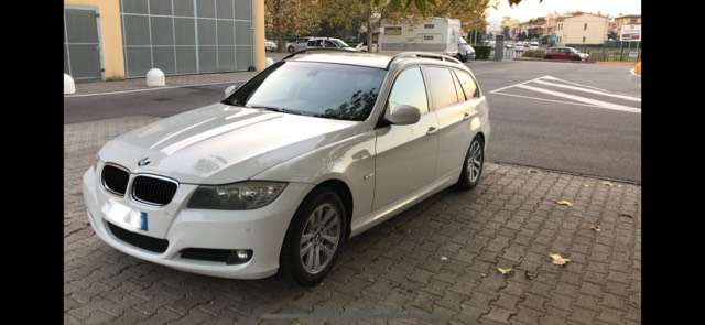 bmw 318 serie-3-e90-e91-cat-touring-eletta bianco