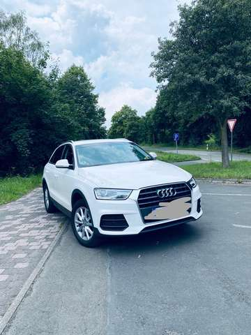 audi q3 1-4-tfsi-cylinder-on-demand-ultra weiss