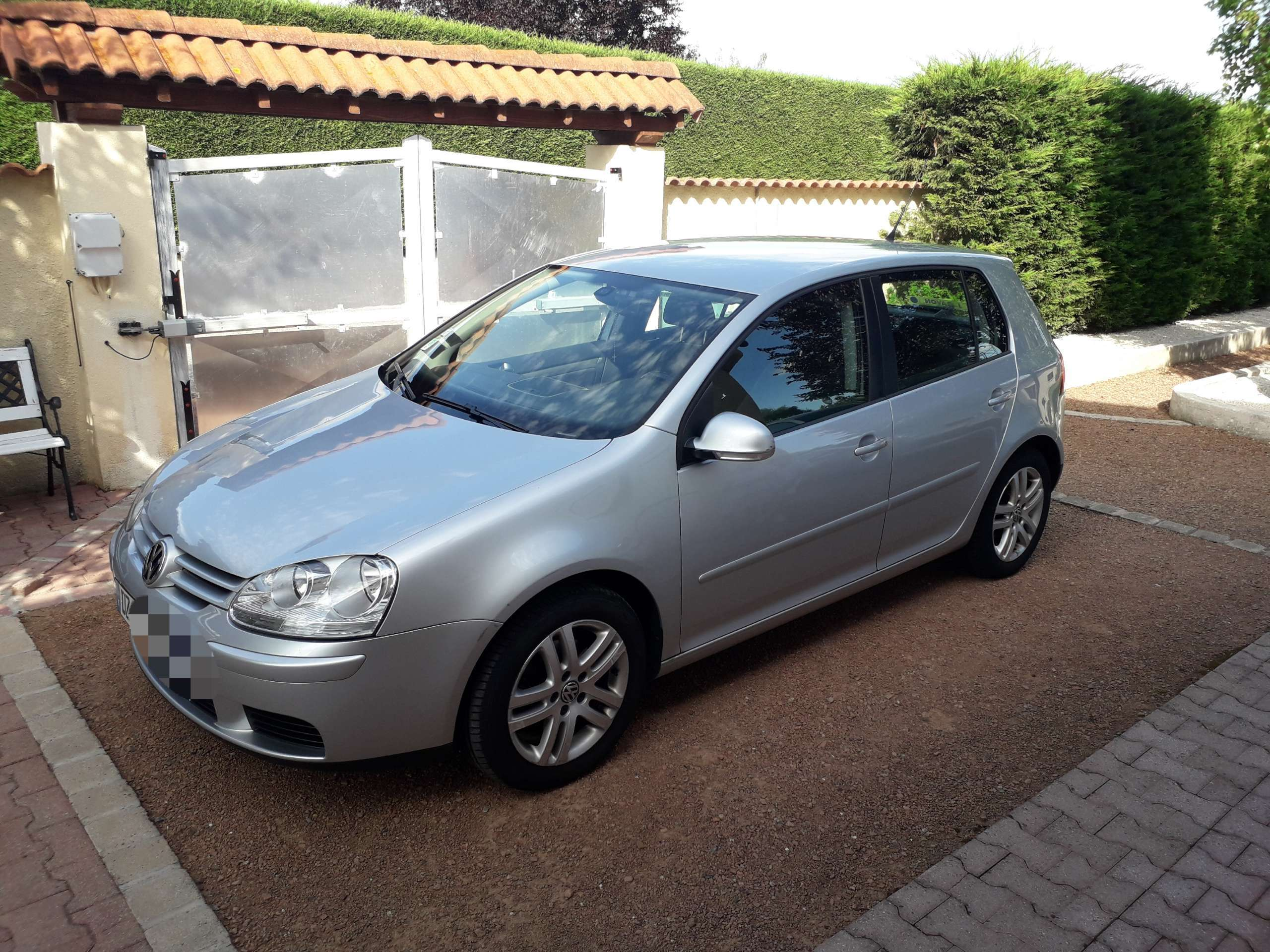 Photo Volkswagen Golf V 1.9 TDI 105ch 1