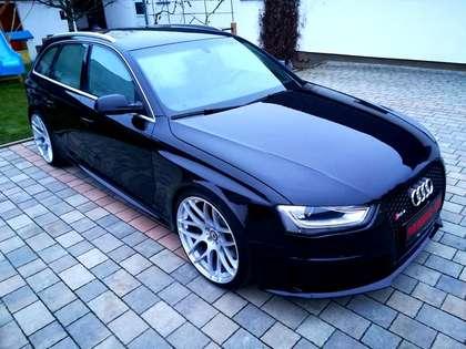 Audi RS4  V8 1 BESITZ NEUZUSTAND SERVICE NEU EINTAUSCH