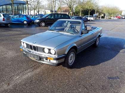 BMW 325 i cabrio E30 (1987) zilvergrijs 128000 km + doc.