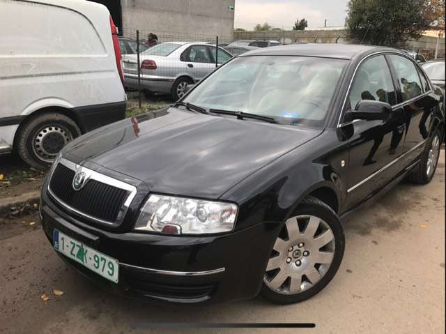 skoda superb 1-9-tdi-130-elegance black