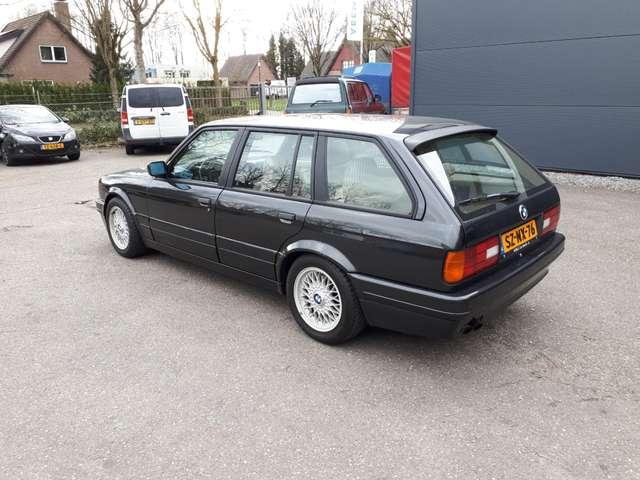 bmw 325 i-touring-e30-1990-6-cyl-beige-leder-138000-km zwart