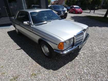 Mercedes-Benz 280 CE Coupe Silber