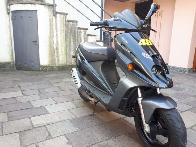 malaguti phantom 50-cc black