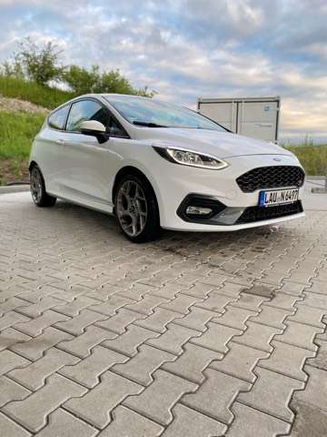 ford fiesta 1-5-ecoboost-s weiss
