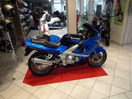 Kawasaki ZZR 600 Blau