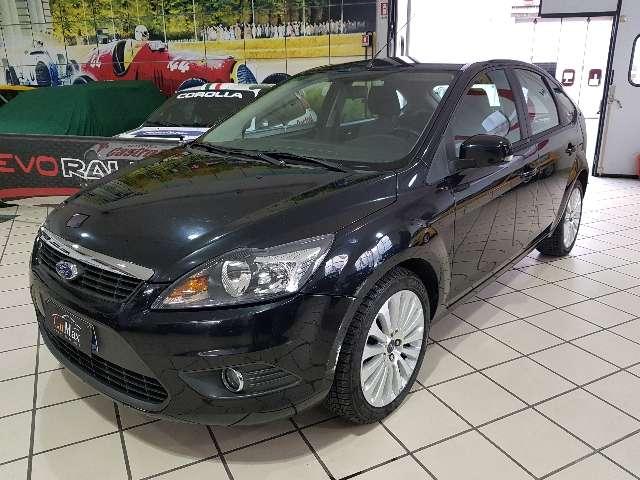 ford focus 5-porte-1-6tdci-110cv-titanium-dpf-euro-5 nero