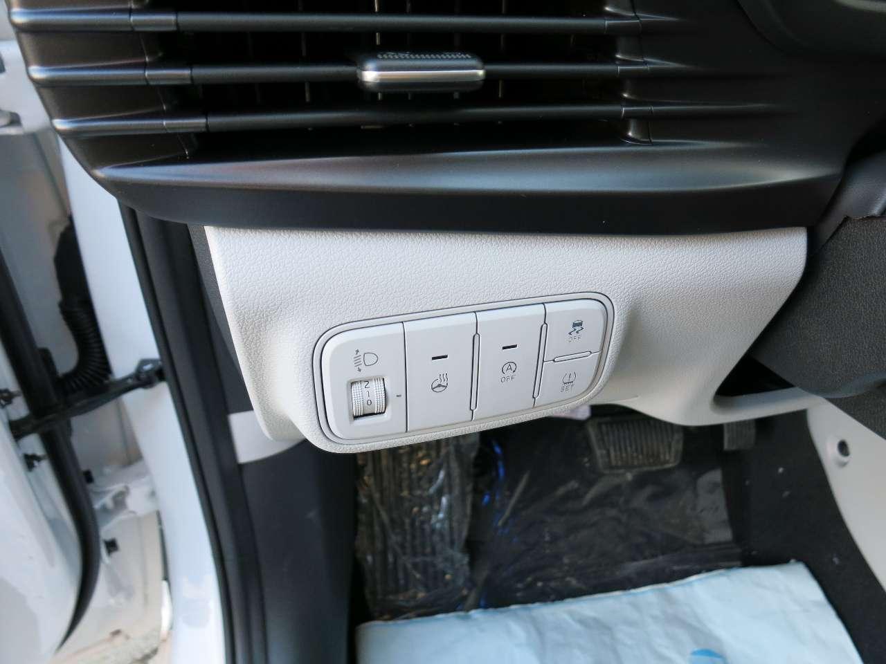 1.0 T-GDI Style BI-COLOR LED NAVI APP SPURAS TEMP