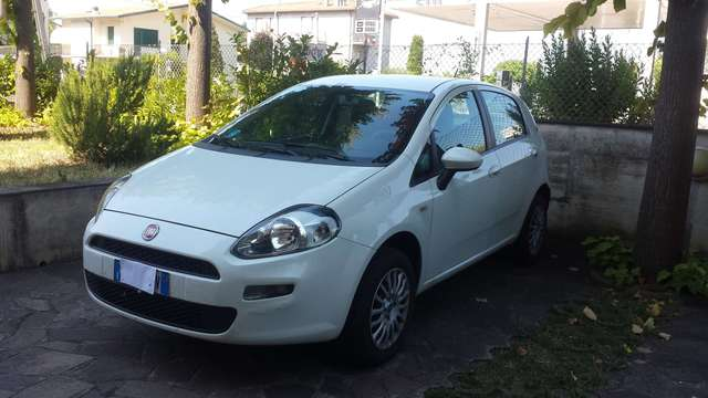 fiat punto 1-4-8v-5-porte-natural-power-stree weiss