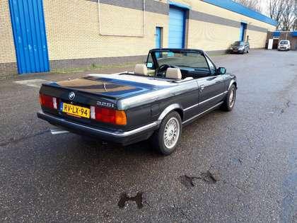 BMW 325 i cabrio E30 (1989) diamantzwart beige leer 6 cyl.
