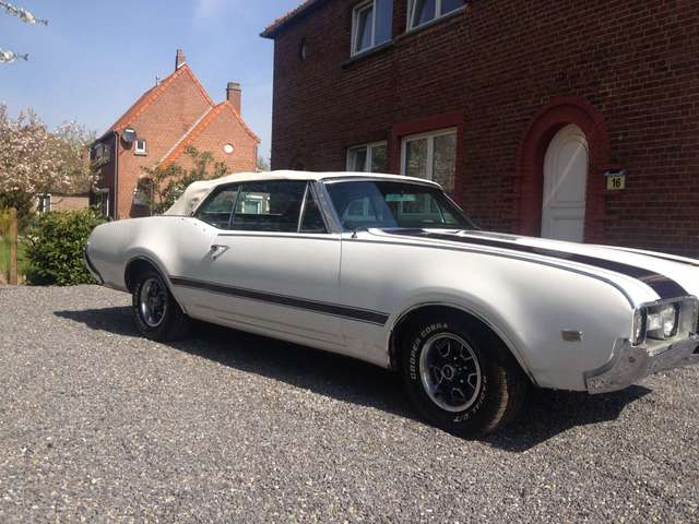 oldsmobile cutlass convertible wit