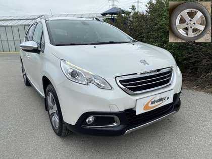 Peugeot 2008 1,6e-HDi 115Allure  AHK 1.Besitz SR+WR Service NEU