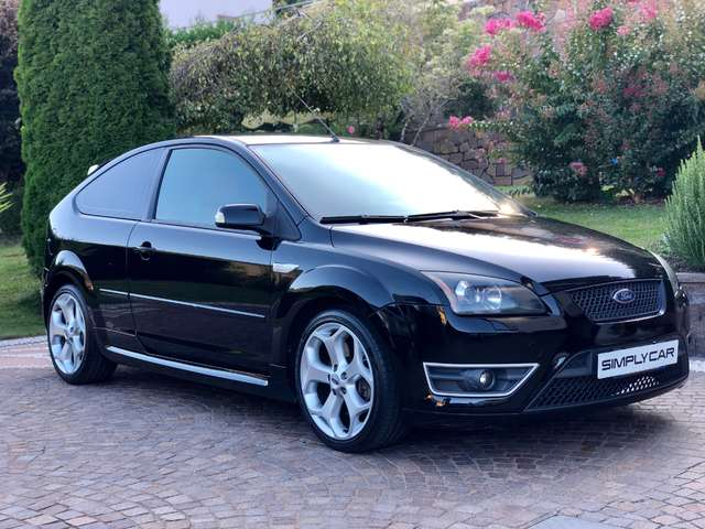ford focus 2-5t-225cv-20v-coupe-st nero